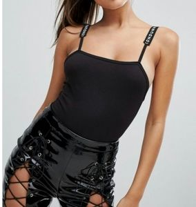 59) Missguided Londunn Cotton square neck body top